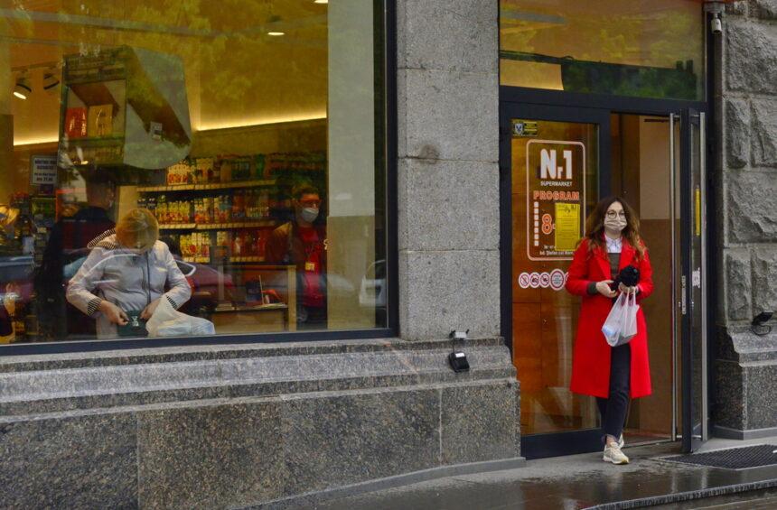 Din 1 iulie, a.c., centrele comerciale și piețele din municipiul Chișinău vor activa cu program obișnuit, însă cu respectarea în continuare a măsurilor de prevenire și protecție contra COVID-19
