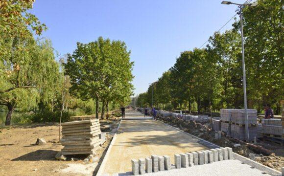"""Stadiul lucrărilor de reabilitare a parcului """"La Izvor"""""""
