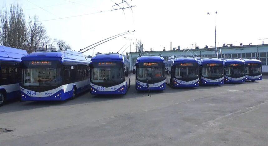 Lansarea la linie a 10 troleibuze asamblate la Atelierul Regiei Transport Electric Chişinău